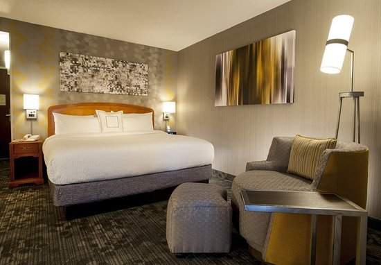 king-guest-room